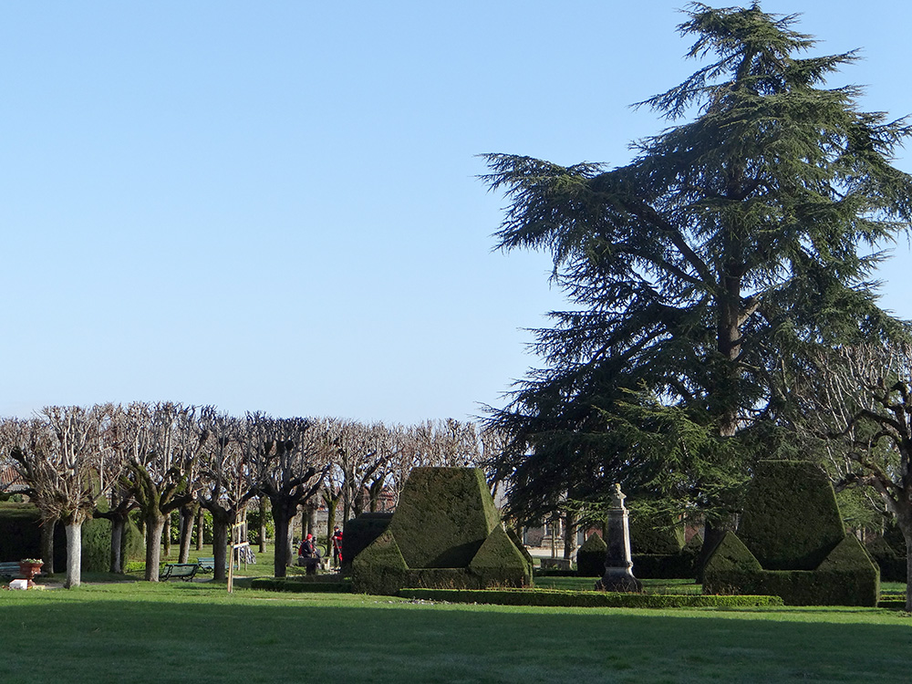 Ville de Pons - Jardin public