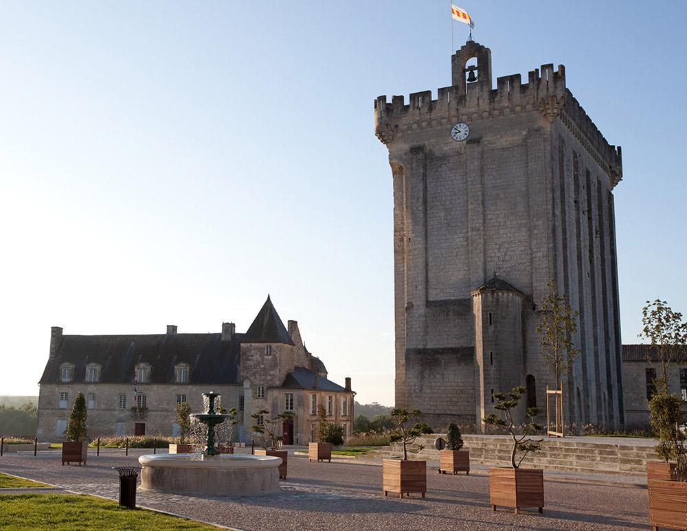 Le Donjon de Pons