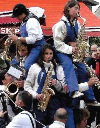 Marché nocturne Pons - Fanfare du P'tit bazar