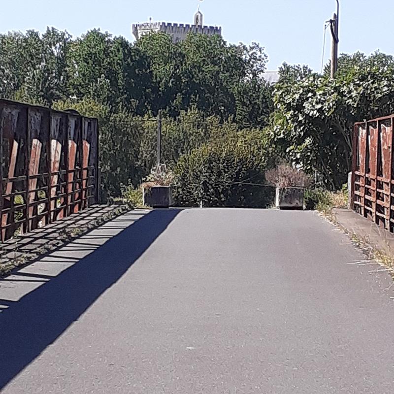 Pons - Le Pont des Fainéants